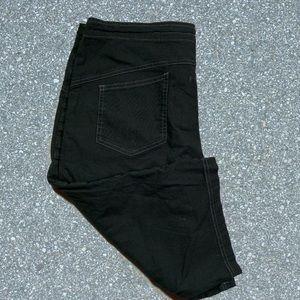 Prana cropped / Capri styled black size 8 pants
